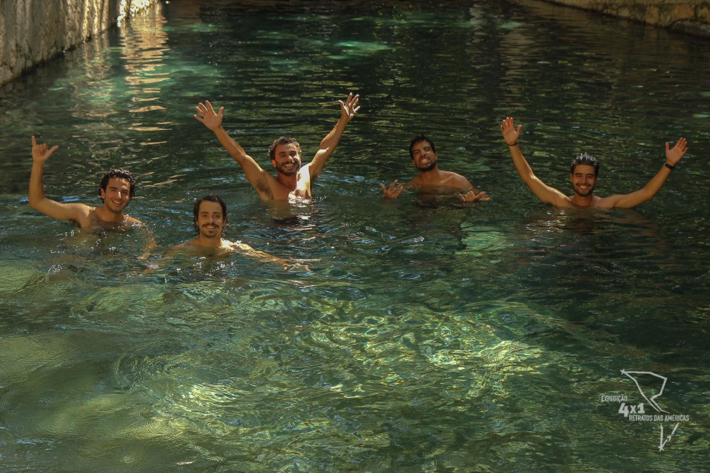 Hora do banho nas Aguas Termales Presidente :)  - Gracias, Honduras